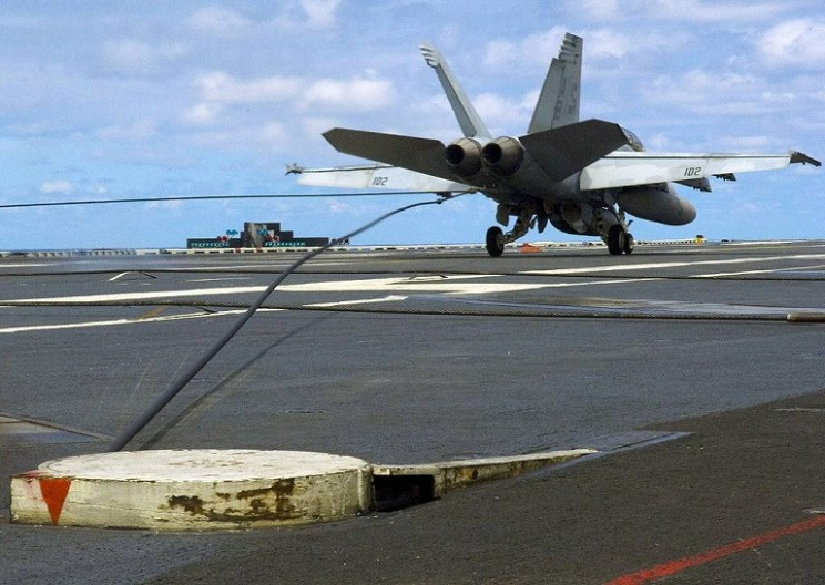 arrestor cable for planes landing on aircraft carriers